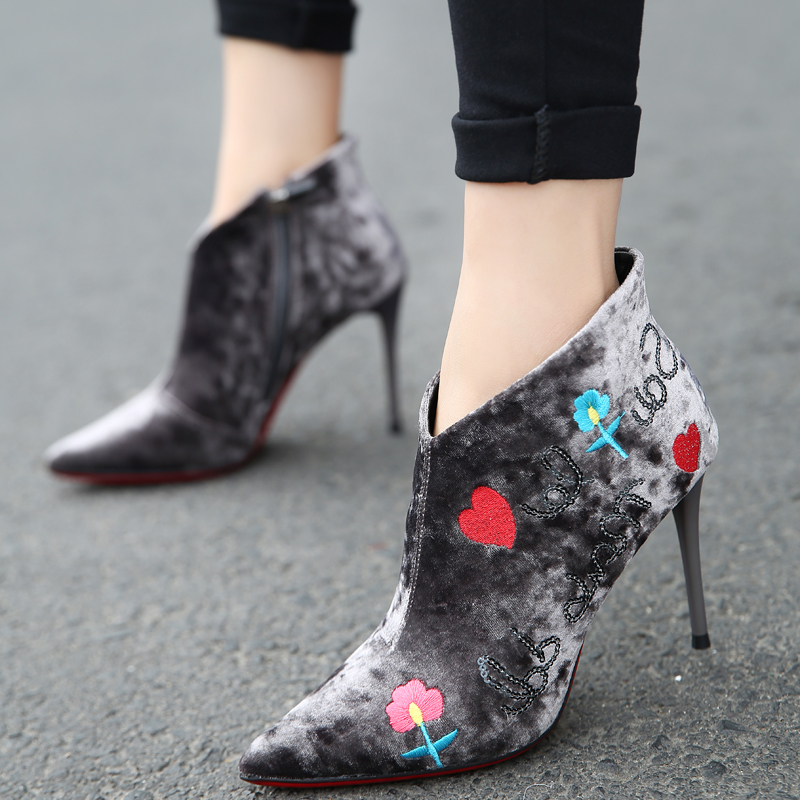 ФОТО Women Sexy Stiletto Ankle Boot Pointed Toe Female Zippers Embroidery Flowers High Heels Booties Martin Boots Shoes Pumps