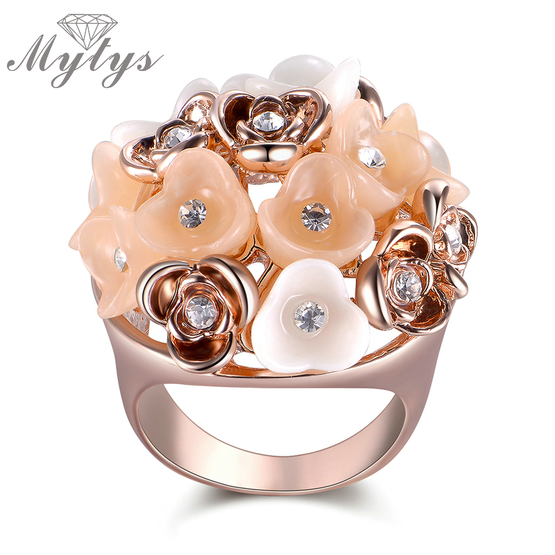 Mytys Rose Gold Flower Ring for Women Prom Party Cocktail Ceramic Rings Fashion Accessory Jewelry Gift R1875