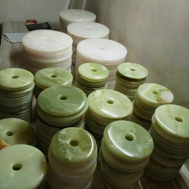 [map] the effect of natural jade jade buckle buckle ornaments Chinese Home Furnishing porch decoration effect     - title=