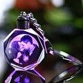 Personalizado regalos decoración corazón forma K9 de cristal de marco de fotos de grabado láser para el amante de bebé niños de artesanías de vidrio llavero