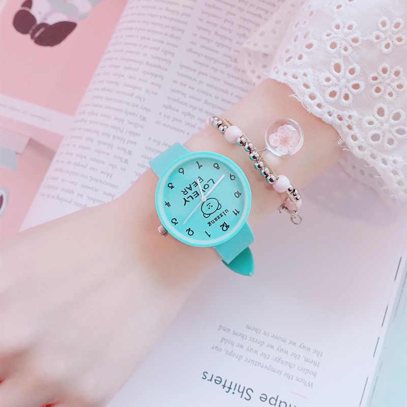 5 カラーシンプルなスタイルのシリコーンの腕時計ファッション女性の腕時計デジタルダイヤルクォーツ腕時計時計の女性の学生クール