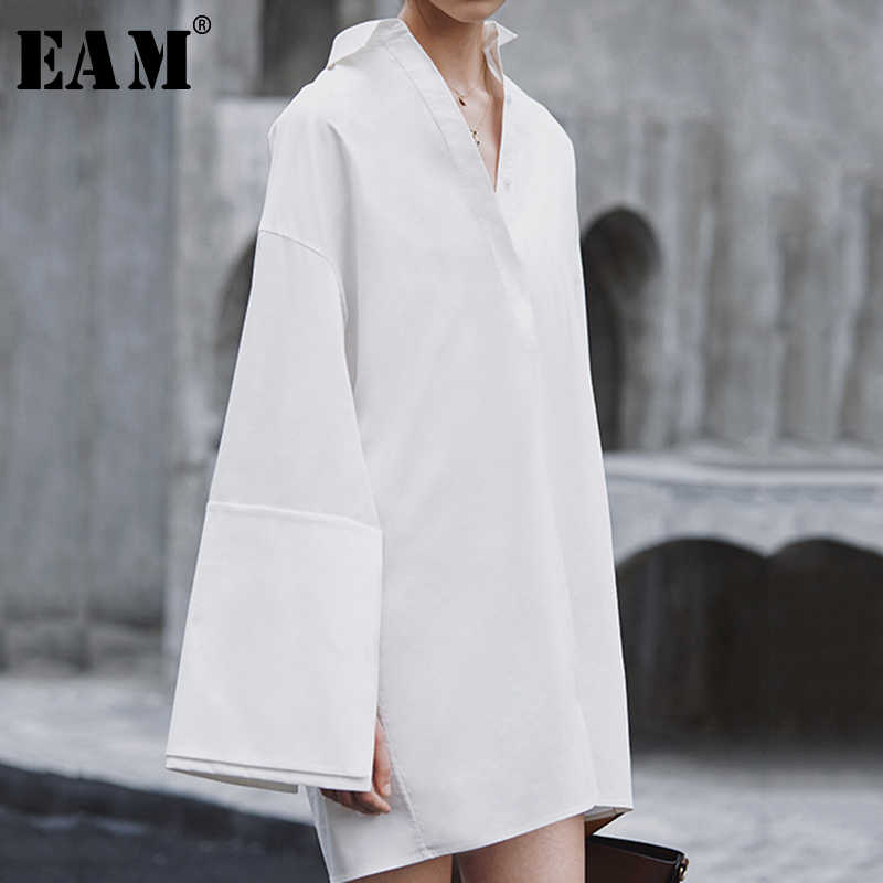 [EAM] 2019 New Autumn Winter Turn-down Collar Long Sleeve Spliced Loose big size Temperament Dress Women Blouse Fashion JX816