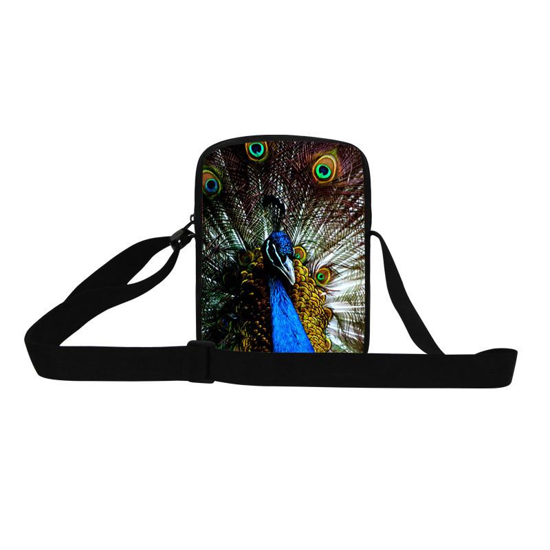 Proud peacock Shoulder Bag