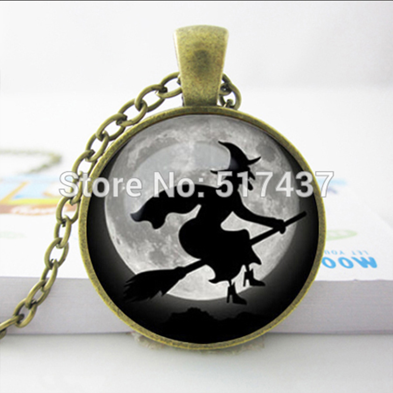HZShinling Glowing Green Witch Necklace Witch Pendant Witch Necklace Witch Glow In Dark Jewelry Trick Or Treat Jewelry Glass