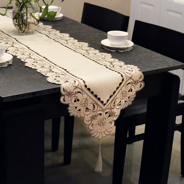Luxury Modern Simplicity Lace Table Runner Tablecloth Cabinet Dresser Shoebox Cover Cloth Flag Bedside Towel Bed