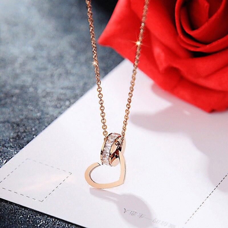 2019 Best Quality Simple sweet necklace fashion jewelry Crystal from Swarovski Titanium steel heart-shaped zircon necklace Women