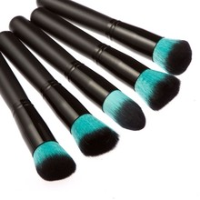 Professional Black and Green Makeup Brushes Set