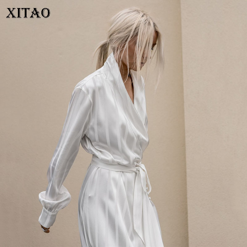 [XITAO] Long Women 2018 Winter Korea Fashion Single Breasted V-neck Full Sleeve Striped Bandage Loose Casual   Trench   DLL1068