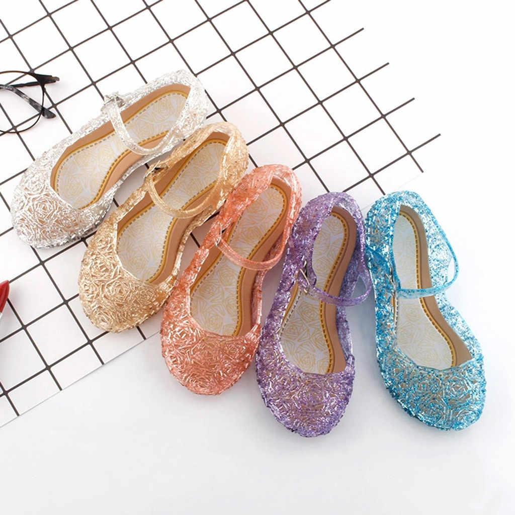 Сандалии для девочек; детская обувь; сандалии принцессы на танкетке из прозрачного пластика; модные сандалии с кристаллами для девочек; обувь с перфорацией; сетчатая обувь на плоской подошве