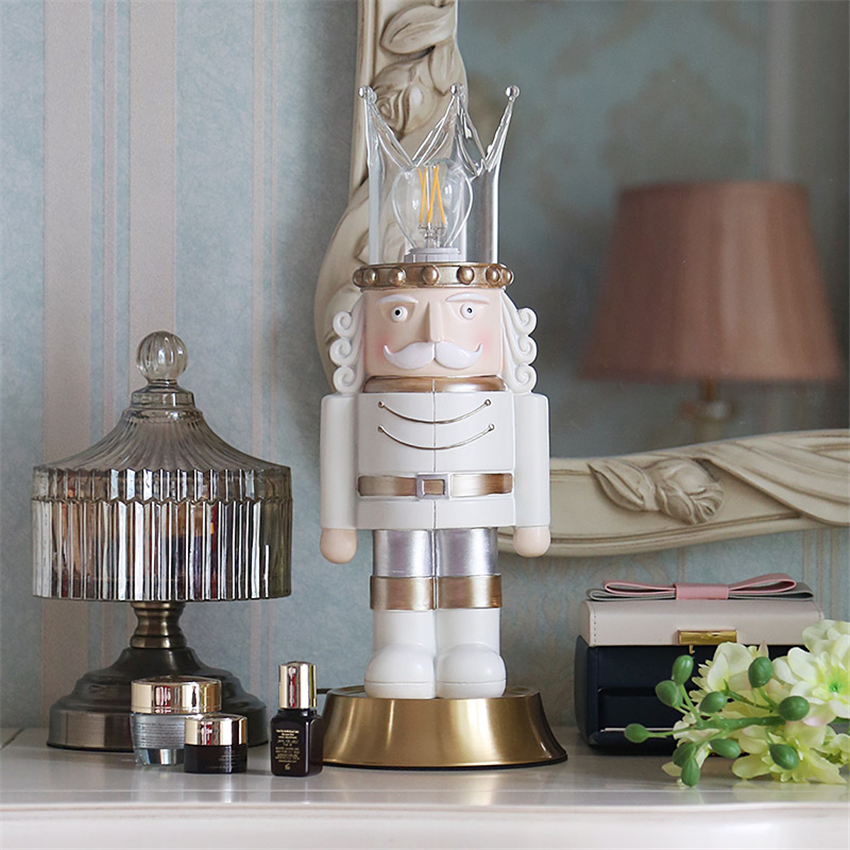 Nordic Walnut King Desktop Decorative LED Table Lamps Childrens Bedroom Make-up Table Lighting Birthday Gifts Christmas FixturesNordic Walnut King Desktop Decorative LED Table Lamps Childrens Bedroom Make-up Table Lighting Birthday Gifts Christmas Fixtures