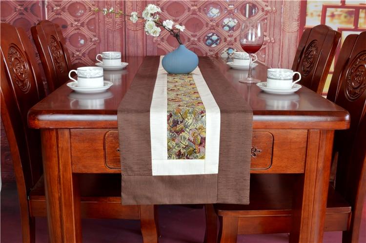 Fait à la main Vintage dentelle tissu chemin de Table Table à manger tapis de mariage noël soie brocart Table basse tissu Rectangle napperon