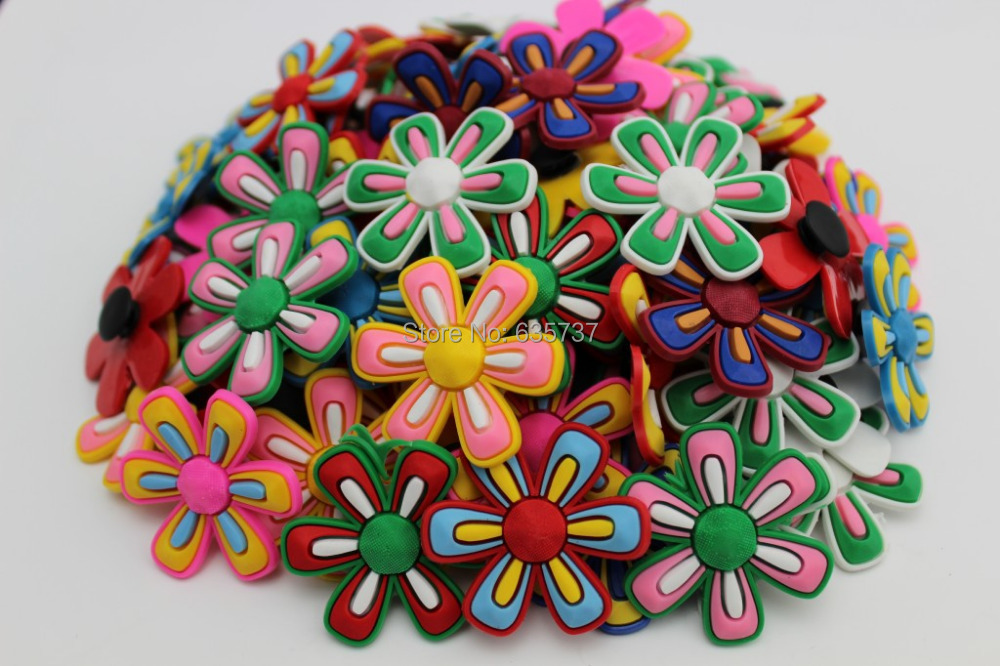120pcs Small Flowers Pvc Shoe Buckles Shoe Charms Fit Croc For Shoes&wristbands With Holes Furniture Accessories Kids Party Gift Furniture