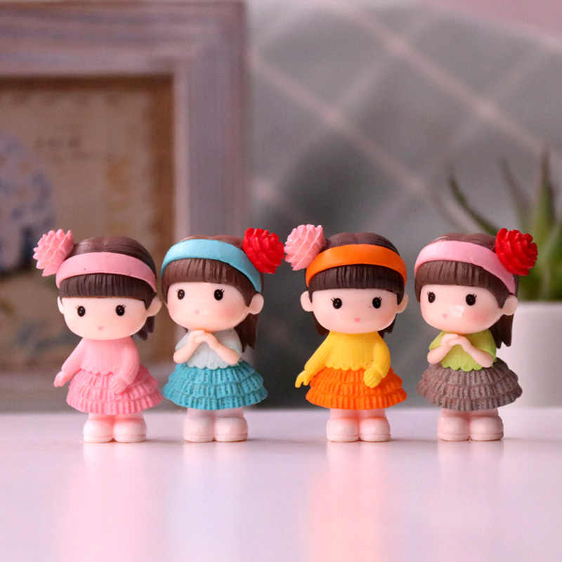 Mini cute/lovely plastic baby doll play dolls toys action collection figure girls gift 4pcs/lot The baby in the hat