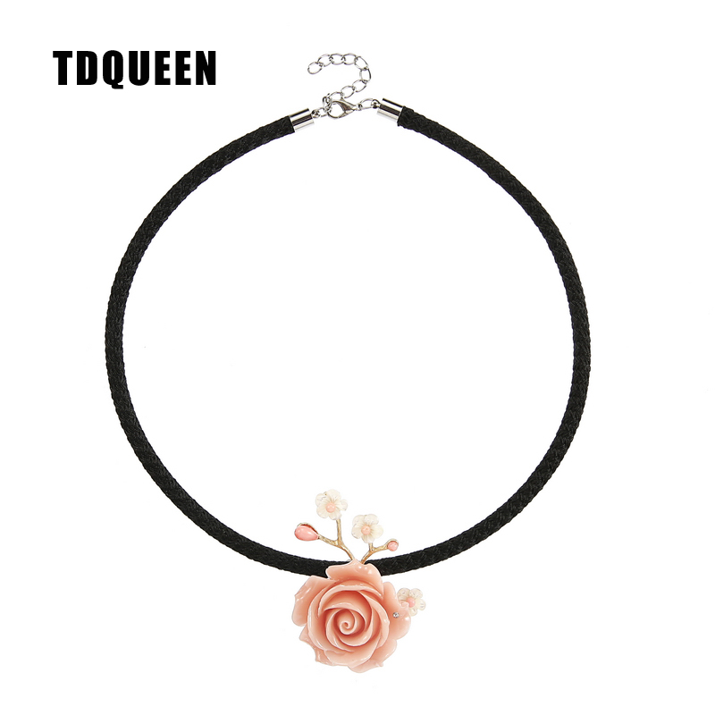 TDQUEEN Necklace Coral Flower Pendant Collier Jewelry Gold Color Metal Black Rope Chain Natural Sea Shell Necklaces Pendants