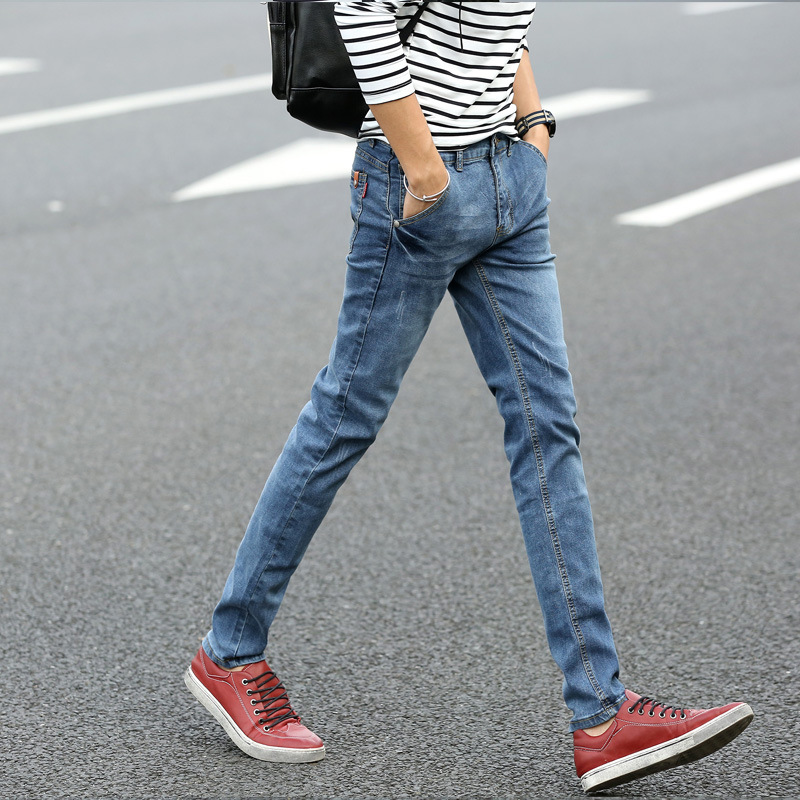 952c747dc33 2015 new spring and autumn fashion Korean style blue and white printed jeans  High end slim straight stretch men jeans 27 36-in Jeans from Men s Clothing    ...