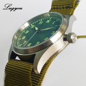 Image 4 - Lugyou San Martin Pilot นาฬิกาผู้ชายอัตโนมัติสแตนเลสกันน้ำ 20 ATM NH35 สีเขียวส่องสว่าง NATO ไนลอน Sapphire