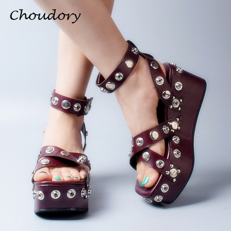 Choudory Thick Bottom Wedges High Heel Woman Sandals Studded Rivet  Zapatos Mujer Casual Buckle Strap Woman Shoes Gladiator Shoe 2017 summer new rivet wedges sandals creepers women high heel platform casual shoes silver women gladiator sandals zapatos mujer