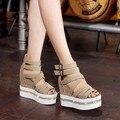 2016 Nova Série de Couro de Cristal Cunha Sandálias de Salto Alto Sandálias Gladiador Mulheres Verão Das Mulheres Sapatas Das Senhoras Sapatos Casuais