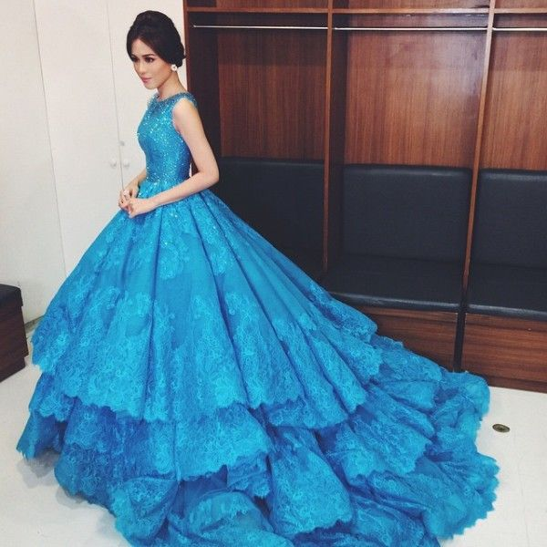 2016 New Arrival Blue Gorgeous Lace Applique Beading Tulle Layers Ball Gown Long Prom Pageant font