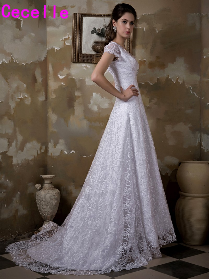 2017 Real Images A line Lace Modest Wedding Gowns With Sleeves Sheer ...