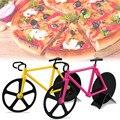 Herramienta de pizza cortador de pizza Encantadora Bicicleta de Artes y oficios de pizza cuchillo de gules amarillo De Plástico de la rueda de Metal y artesanías de Decoración