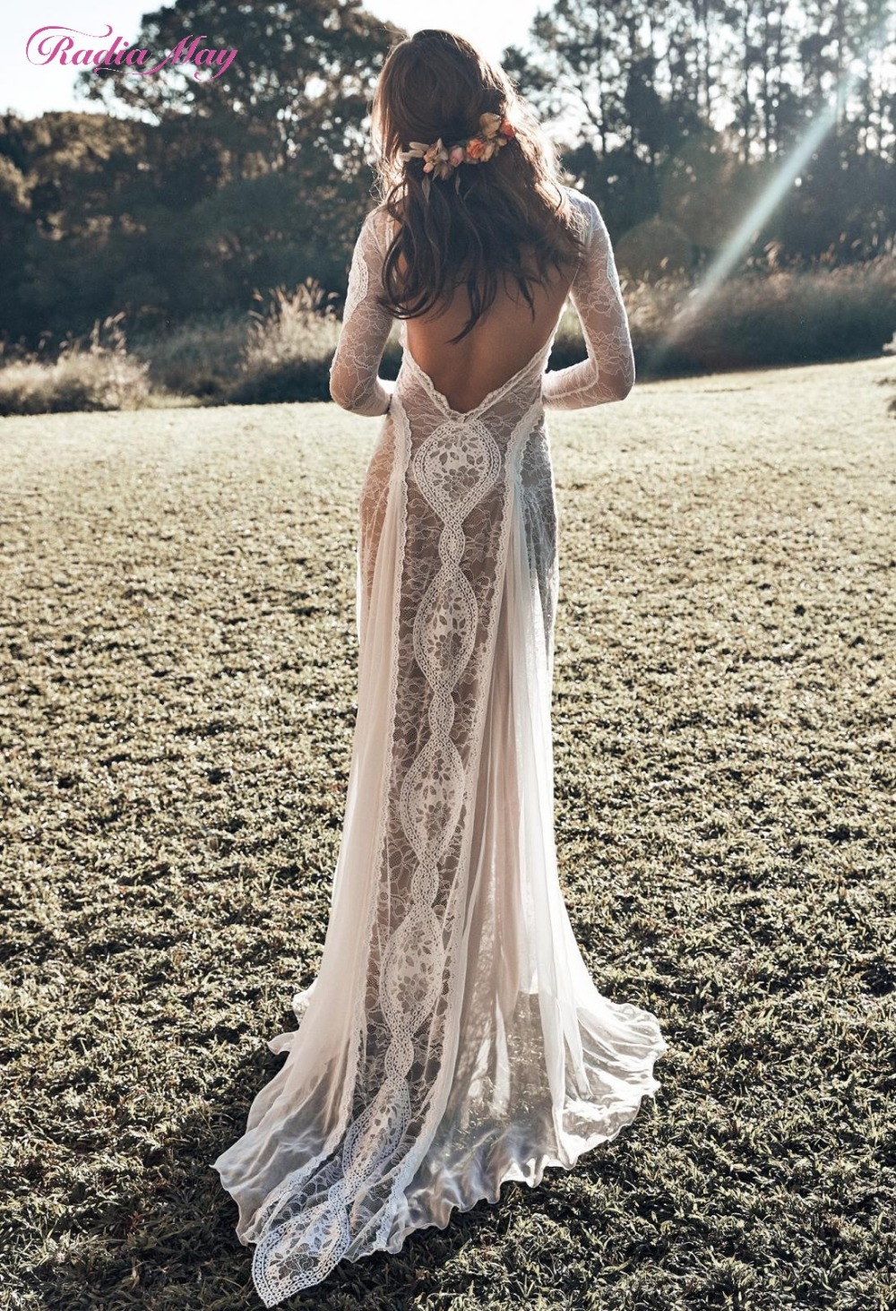 Vintage Lace Backless Boho Beach Wedding Dresses Long Sleeve Nude Lining Country Bohemian Wedding Gowns Hippie Gypsy Bride Dress