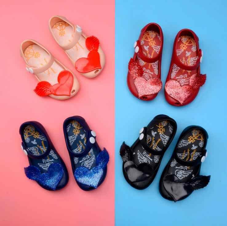 f57fb8aa5 Девочки силиконовые мини-сумки сандалии 2019 весна лето новый 7 дизайн  детская пляжная обувь милая