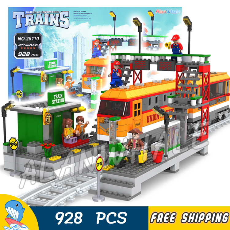 цены 928pcs Creator High-speed Passenger Train Station locomotive Model Building Blocks Bricks City Railway Toys Compatible With lego