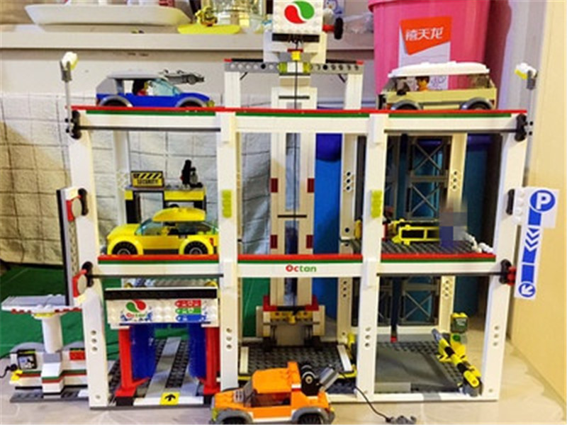 New City Garage Series 1045Pcs The City Garage Set Lepins Funny Building Blocks Bricks Toys for Children As DIY Gift