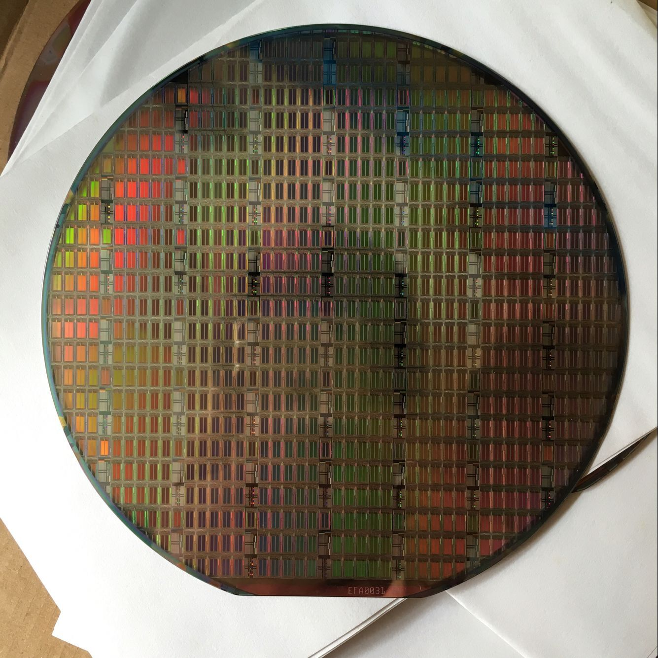 Image 5 - 12 Inch Silicon Wafer Integrated Circuit Uncut Geek Toy Ornament Single Crystal  Plate Chip Double Side Polished Si Wafer IC-in Integrated Circuits from Electronic Components & Supplies