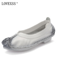 LOVEXSS Genuine Leather Flats White Black Casual Loafers Woman Girl Flats 2017 Spring Fashion Retro Flat