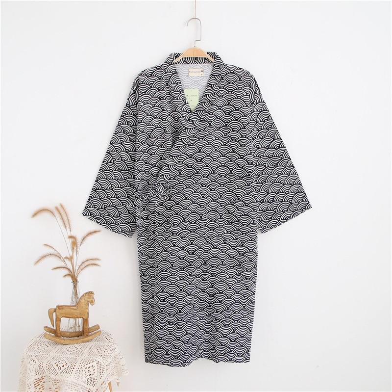 Male Simple Japanese Kimono Robes Men Summer Long Sleeved 100% Cotton Bathrobe Fashion Casual Waves Dressing Gown Men Bathrobe