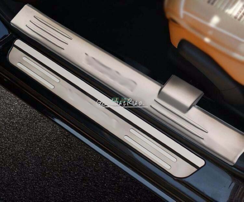 For Suzuki Vitara 2016  Internal and External Door Sill Protector Pedal Welcome Plate 8PCS Stainless Steel with logo