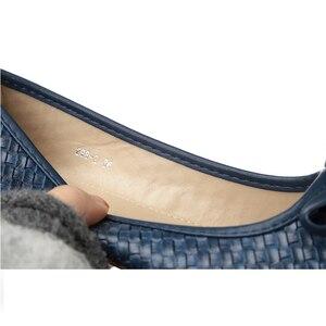 Image 4 - BEYARNE משלוח חינם חדש אופנה מעצב נשים של אמיתי קשת עור רך תחתון שטוח נעלי נשים שחור גדול גודל EUR 35 41