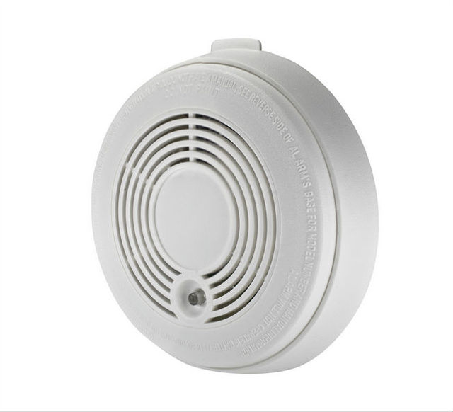 Advanced Battery-operated Combination Carbon Monoxide And Smoke Alarm Detector White