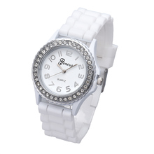 Supper Enjoyable Scorching Relogio Feminino Vogue Silicone Gel Ceramic Fashion Band Crystal Bezel Girls's Watch jan24