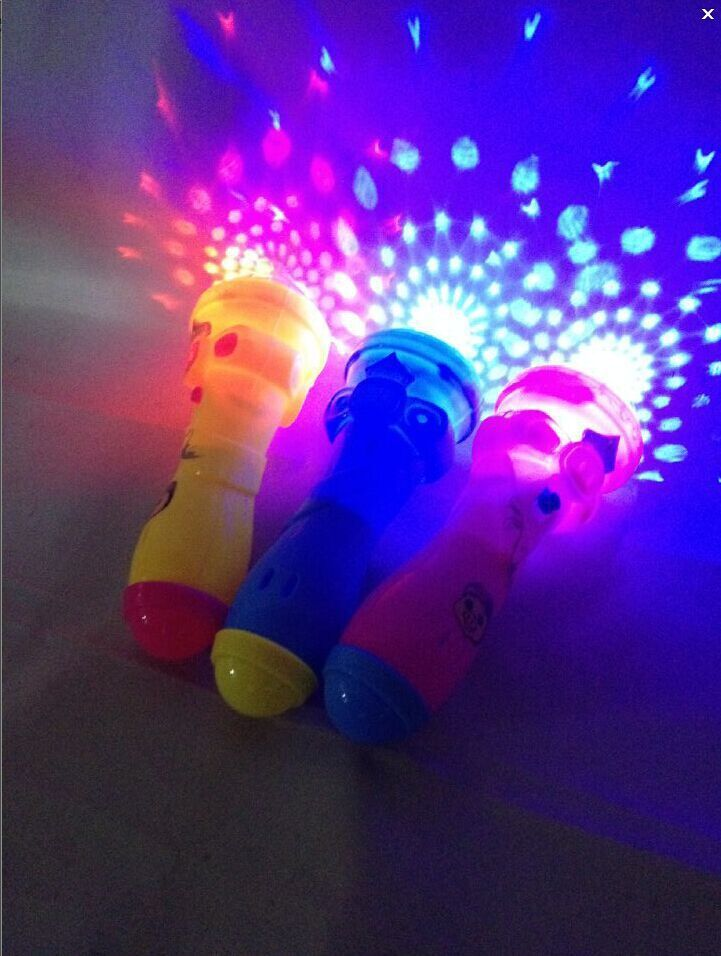 Portable Flash Light Magic stick Wand Fairy Wand Color Chang Kid Girls ToyGifSP