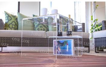 Akrylowy stolik kawowy ONE LUX z uchwytem na butelkę wina stoły magzine lucite stoły do salonu z pleksi tanie i dobre opinie Meble do salonu Meble do domu 700w*450d*450h MM 27 56 w*17 72 d* 17 72 h INCH Polished Nowoczesne Acrylic ShenZhen China