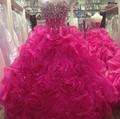 New vestido de Baile Querida Organza Quinceanera Vestidos Sem Mangas Off The Shoulder Beads Flores De Cristal Ruffles Vestidos Formais