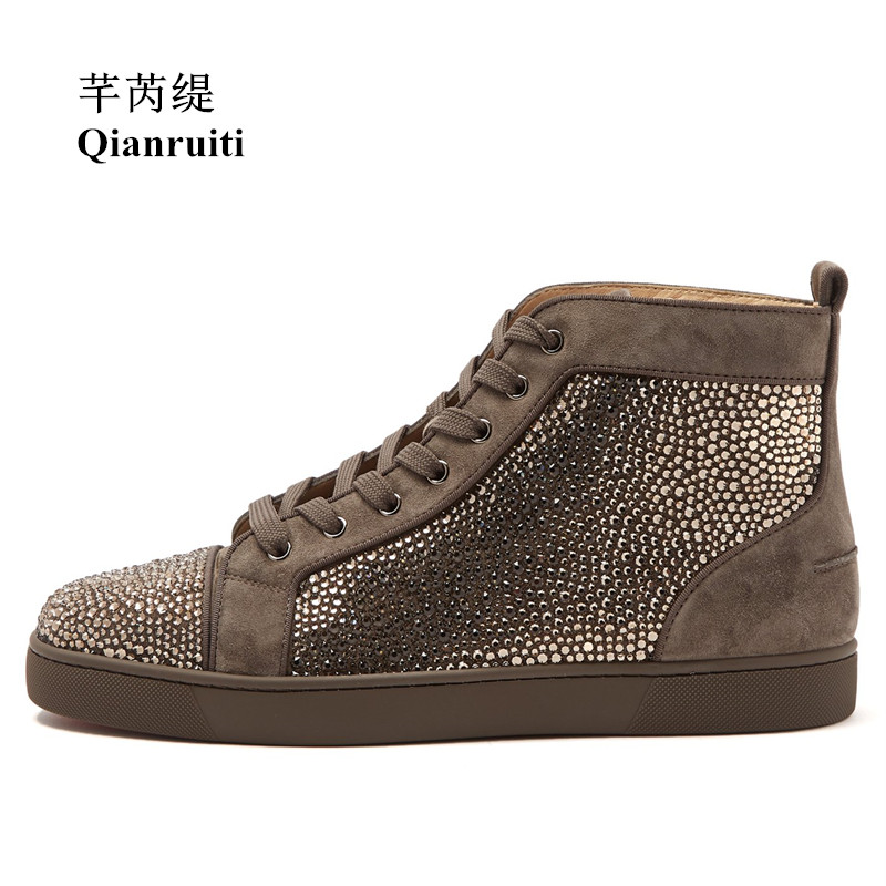 Qianruiti Men Brown Suede Rhinestone Sneaker High Top Crystal Flat Lace-up Ankle Boots Zapatillas Hombre Casual Shoes for Men qianruiti men mixed color spike shoes fish scale patchwork multicolor rhinestone sneaker lace up flat high top men camping shoes
