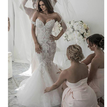 Sexy Lace Applique Mermaid Wedding Dresses Long 2019 Off-the-Shoulder Tulle Sleeveless Bridal Wedding Gowns Luxury