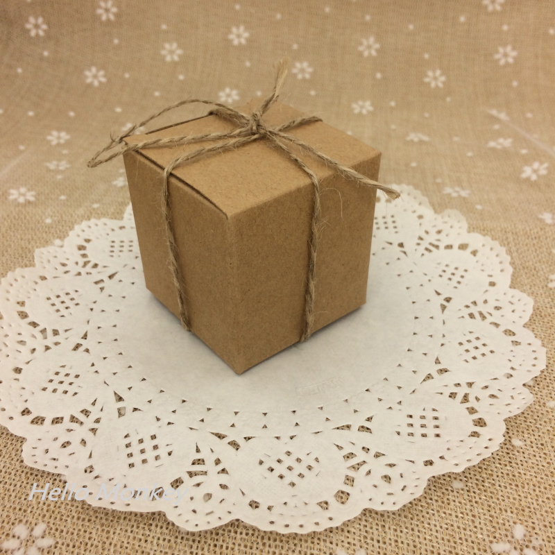 100pcs Natural Kraft Paper Brown Paper Wedding Candy Box with ribbon chocolate boxes rustic wedding centerpieces