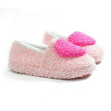 2016 Winter Pantuflas Pantufa Love Heart Pattern Cotton Plush Slippers Soft Warm Floor Indoor Shoes Women Bedroom House Slippers