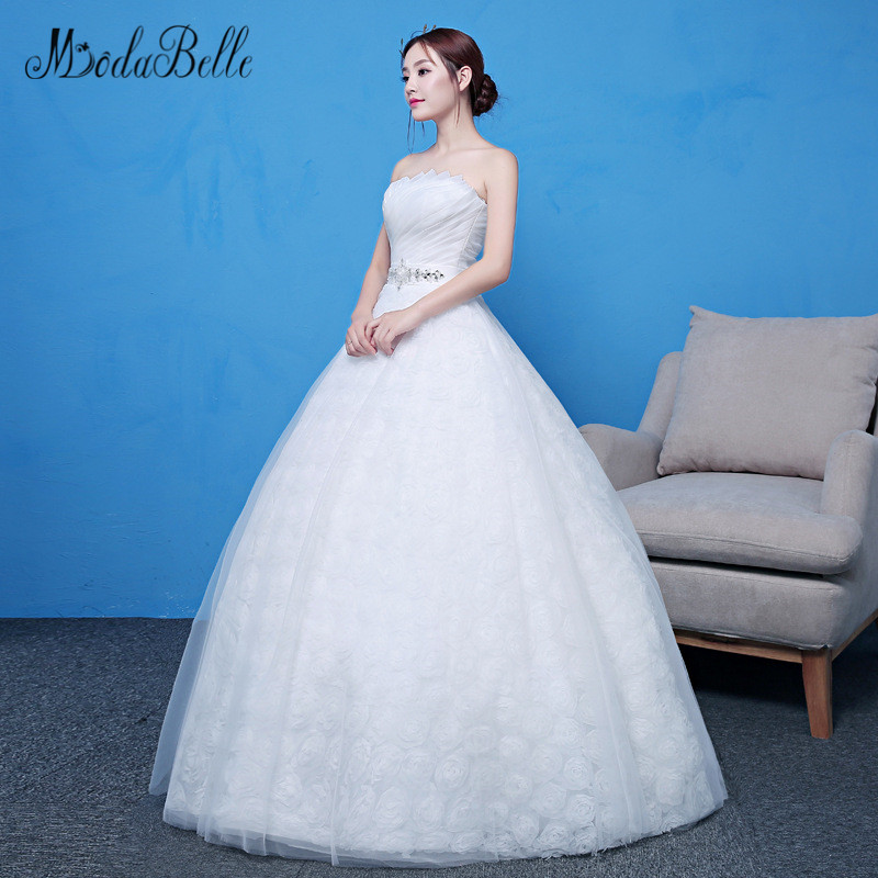Aliexpress.com   Buy modabelle Vestido De Novia Vintage Strapless Lace  Wedding Dress Beaded Belt 3D Flowers Tulle Simple Bridal Dress 2018 from  Reliable ... 5cffebec6909