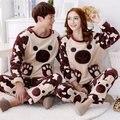 Mujeres hombres amor set salón 2016 de invierno pijamas de franela de manga larga femenina engrosamiento suéter del o-cuello ropa de dormir ropa Interior