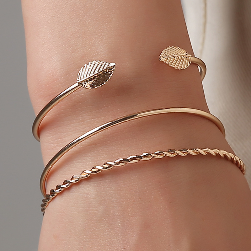 Doreen Box Simple Gold Color Punk Style Spiral Design Plant Leaf Twist Cuff Bracelet Female Bangles Fashion Jewelry, 3PCs/Set