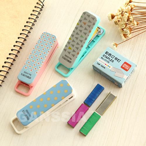 (1 Set/lot) Manual Mini Stapler 3 Colors Kawaii Staplers Set With Staples Stationery School Office Material Supplies (ss-1397)