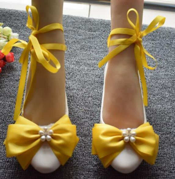 Satin Bow pearl shoes bride bridesmaid wedding shoes Princess banquet HS034 dinner party performance yellow dress shoes handmade rhinestone sewing wedding shoes bow beaded bride formal dress the banquet hhigh heeled wedding dress single shoes