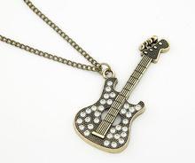 Vintage Retro Bronze Strass Kristall Musik Gitarre Halskette Pullover Lange Kette Halsketten Schmuck