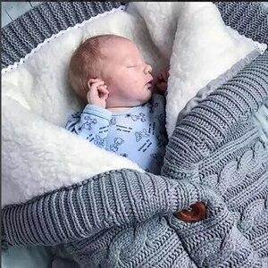 Image 2 - دافئ الطفل كيس النوم Footmuff الرضع زر متماسكة قماط القطن الحياكة المغلف الوليد سويب التفاف عربة اكسسوارات